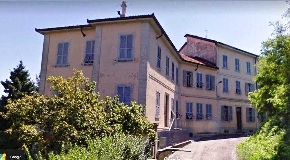 Palazzo / Stabile in Vendita a San Salvatore Monferrato