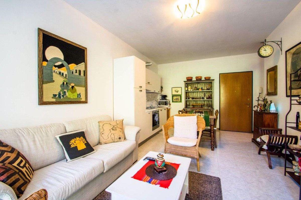 Appartamento in vendita a Meina, 2 locali, prezzo € 79.000 | PortaleAgenzieImmobiliari.it