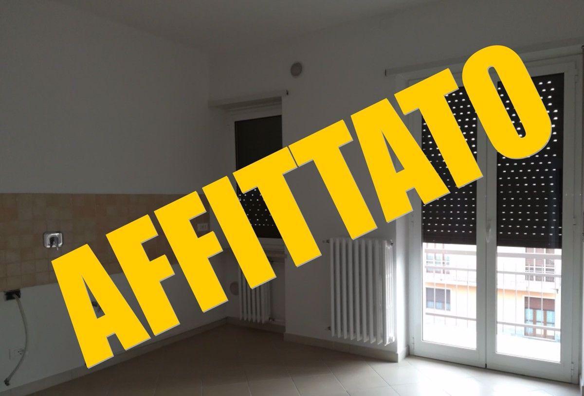 Appartamento in affitto a Scalenghe, 4 locali, prezzo € 380 | PortaleAgenzieImmobiliari.it