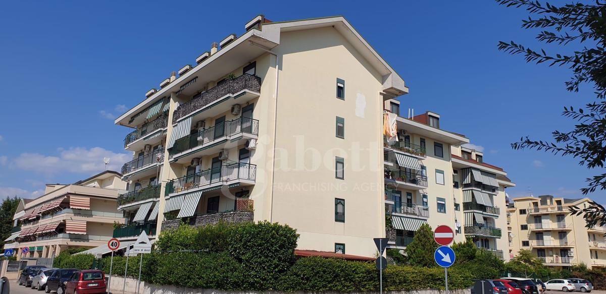 Appartamento in vendita a San Nicola la Strada, 3 locali, prezzo € 155.000 | CambioCasa.it