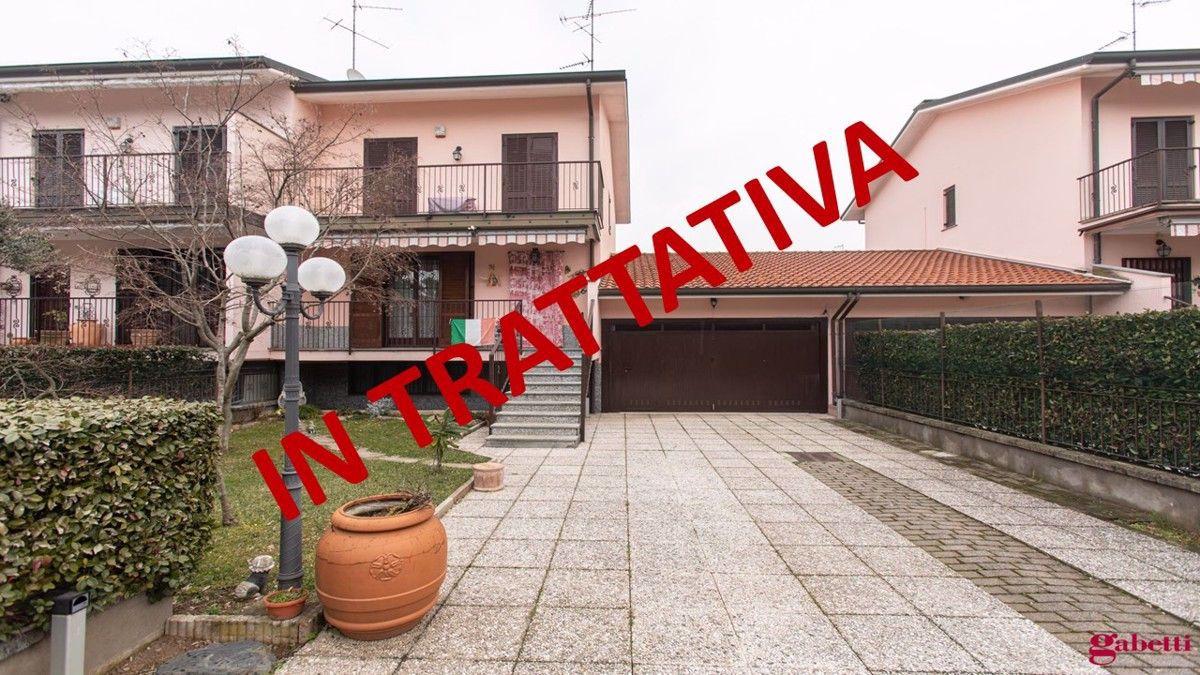 Villa Bifamiliare in vendita a Cornaredo, 5 locali, prezzo € 390.000 | CambioCasa.it