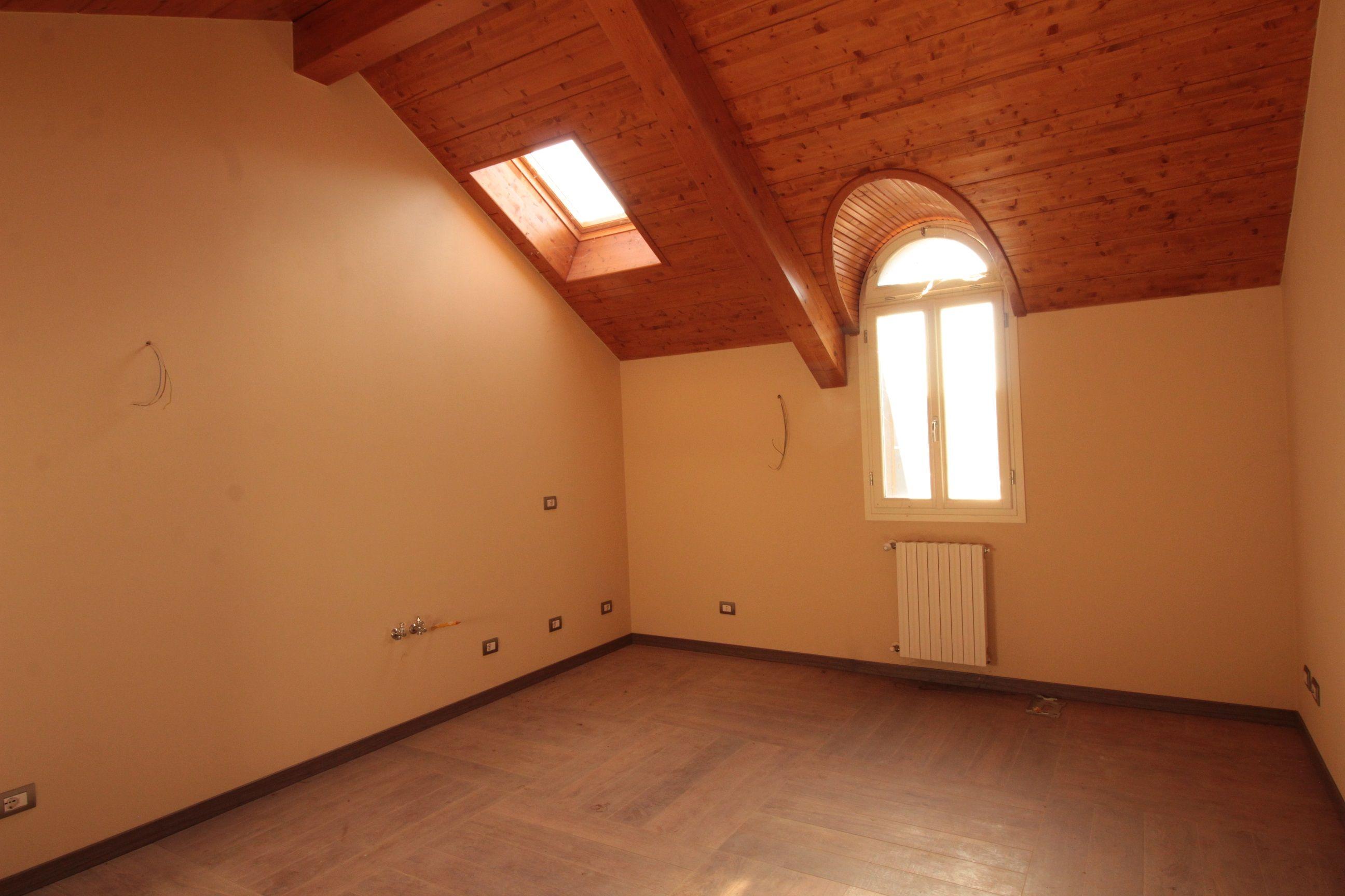 Appartamento in affitto a Borgomanero, 3 locali, prezzo € 650 | CambioCasa.it